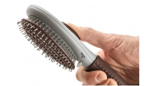 dog-spa-grooming-brush-large-open-hunter